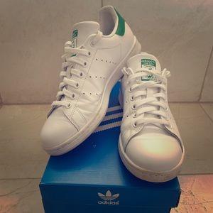 Adidas Stan Smith women's shoes